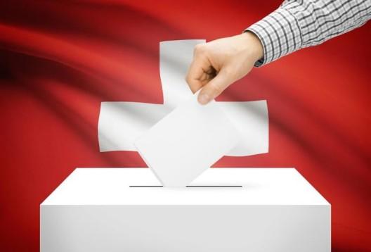 Tankstellen-Arbeitszeiten, Wehrpflicht-Abschaffung und Epidemiengesetz: Was die Abstimmungsergebnisse für die Schweiz bedeuten