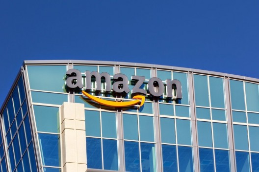 Twitter und Amazon gehen auf Kundenjagd