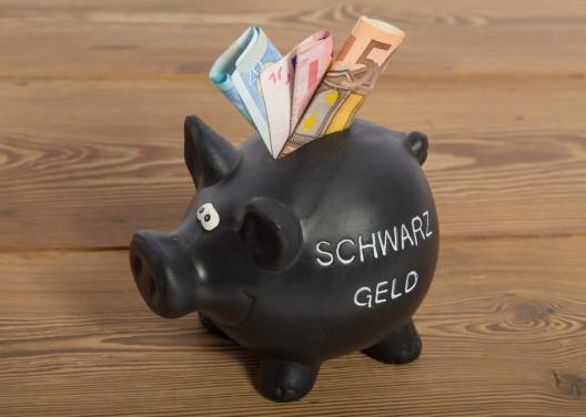 Einmal hin, einmal her – Deutsche leeren ihre Schweizer Schwarzgeldkonten