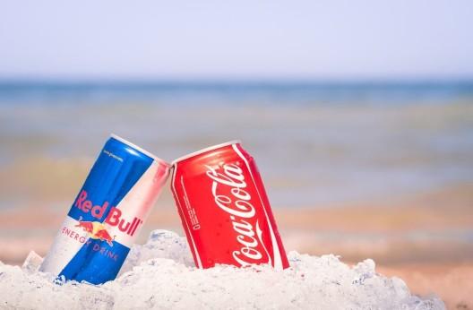 Red Bull und Coca-Cola – Detailhändler geben dem Preisdruck nach