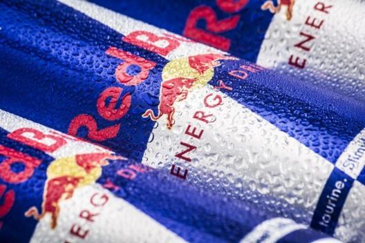 Red Bull fliegt mit nur einem Flügel
