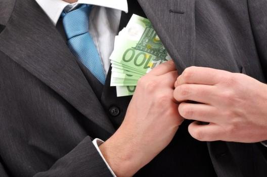 Vetternwirtschaft – millionenschwere Aufträge ohne Ausschreibung