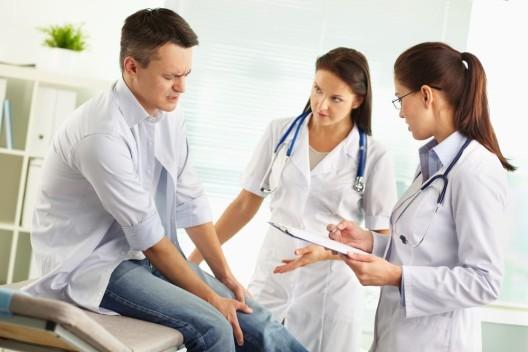 Rheuma kann auch junge Menschen treffen