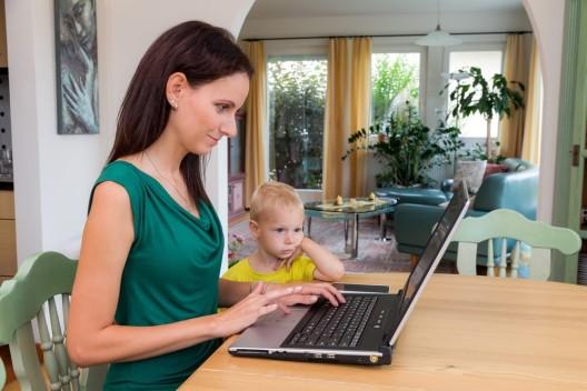 Job und Familie: Eltern sind auch im Beruf produktiver als Kinderlose