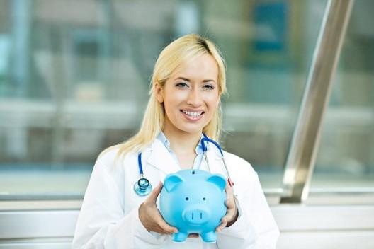 Berner Initiative wehrt sich gegen Kürzungen bei Krankenkasse