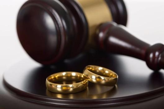 Die Heiratsstrafe harrt weiter ihrer Abschaffung