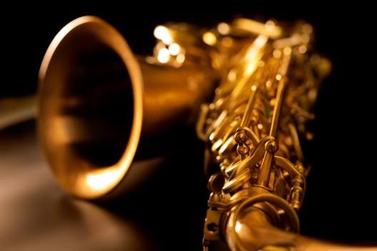 Der Kunstpreis 2017 des Kantons Aargau geht an die Saxofonistin Co Streiff
