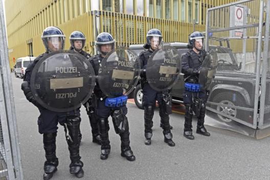 Zentralschweiz: Polizei im Ordnungsdienst mit besserem Schutz