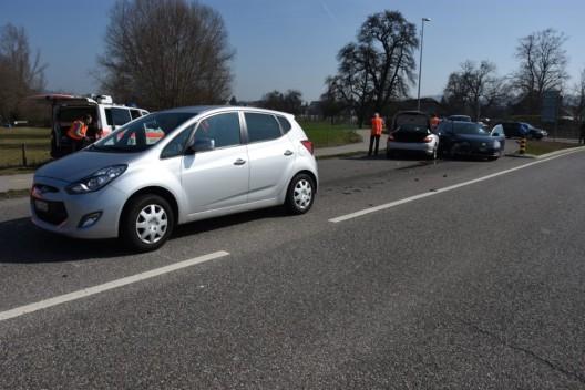 Oberbüren SG: Fahrer wird schwarz vor Augen und prallt in zwei Autos
