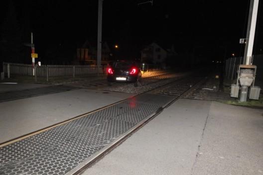 Staad SG: Alkoholisierter liess Auto auf Bahngleisen stehen – Zeugenaufruf
