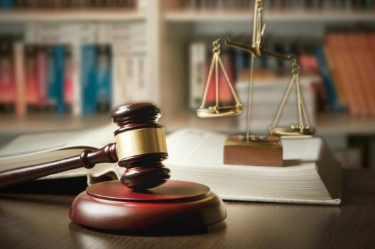 Strafgericht Genf: Frau überfährt Freund und verstümmelt seinen Penis