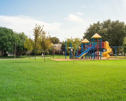 bfu: Empfehlungen zur Unfallprävention auf Spielplätzen