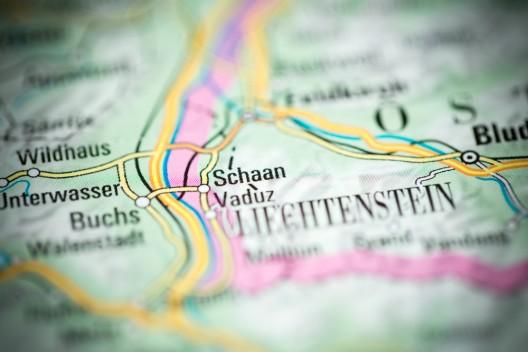 Schaan (FL): Bewohnerin ertappt Einbrecher und vertreibt ihn