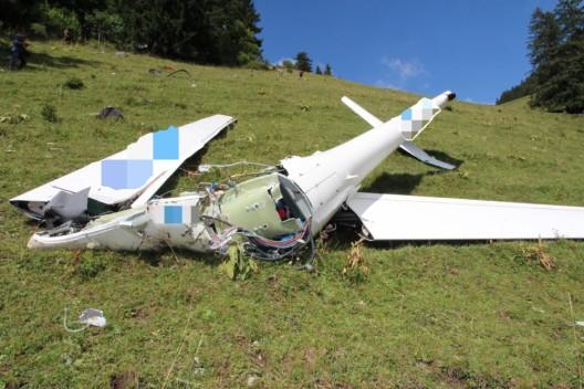 Bifé Dessus / Corbières FR: 42-jähriger Segelpilot stirbt bei Flugzeugabsturz