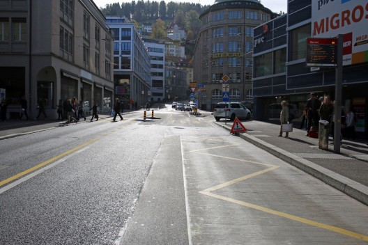 Stadt St.Gallen: Zwei Autos seitlich zusammengeprallt – Zeugen gesucht