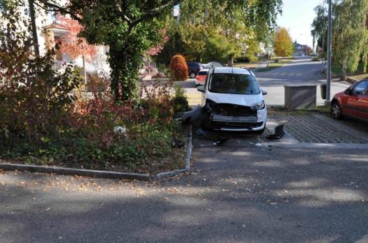 Bettlach SO: Gaspedal mit Bremse verwechselt - drei Autos stark beschädigt