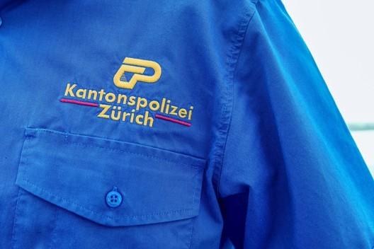 Rafz ZH: Einbrecherin (30, Schweizerin) auf frischer Tat ertappt