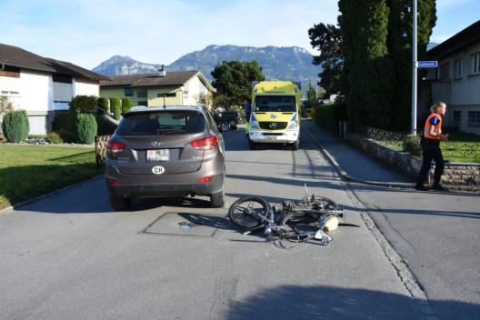 Diepoldsau SG: Kollision zwischen Mofafahrer (14) und Personenwagen