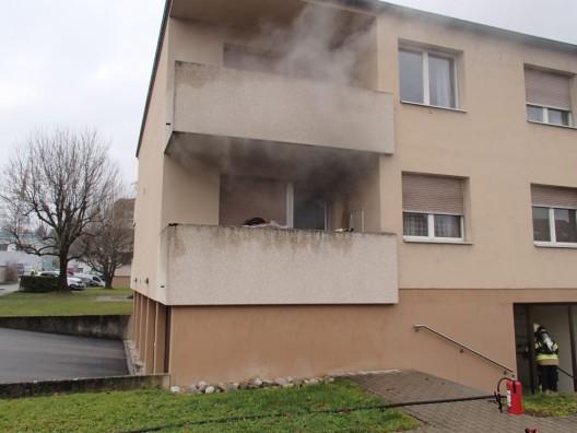 Frick AG: Wohnungsbrand - zwei Personen im Spital – Hund gerettet