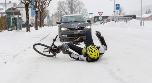 Velounfälle im Winter vermeiden – diese Tipps beherzigen