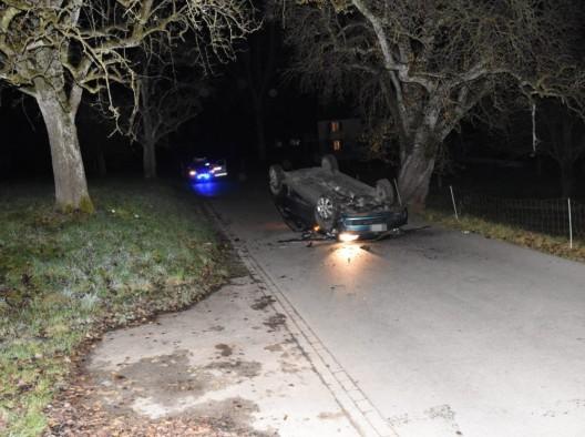 Waldkirch SG: Selbstunfall mit Auto – Fahrer (54) leicht alkoholisiert