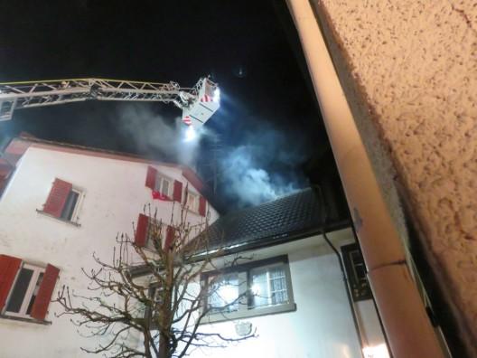 Bad Zurzach AG: Dachstockbrand richtet beträchtlichen Schaden an