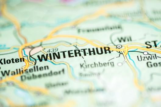 Winterthur ZH: Tourist aus Bulgarien verletzt drei Polizisten