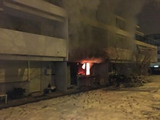 Thalwil ZH: Wohnung in Mehrfamilienhaus vollständig ausgebrannt