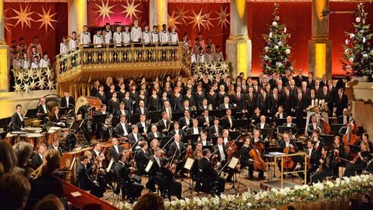 Highlights aus dem Weihnachts- und Silvesterprogramm von Bibel TV