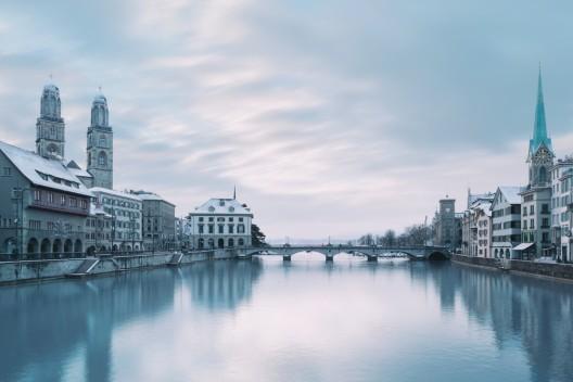 Stadt Zürich ZH: Leiche (Mann, 50 †) aus der Limmat geborgen - Zeugenaufruf