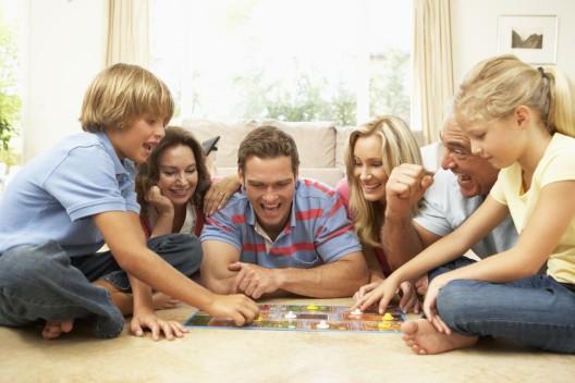 Gesellschaftsspiele, Spieleklassiker und mehr bestellen auf brettspiel.ch