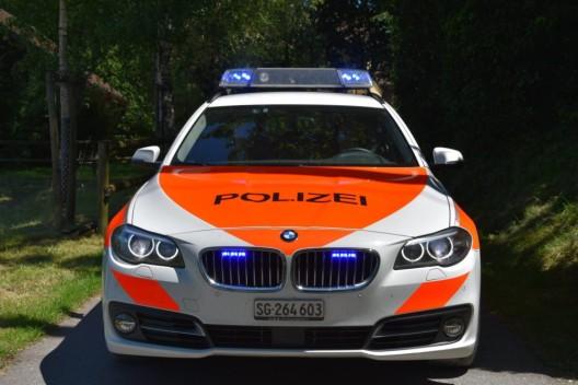 Werdenberg SG: Übermüdet und unter Drogen am Steuer – 22-Jähriger baut Unfall