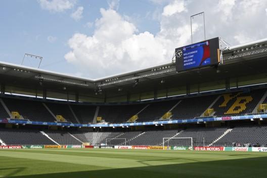 Bern BE / Stade de Suisse: Mit öffentlichen Verkehrsmitteln zum Fussballmatch