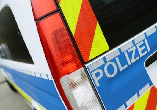 Täter schiesst auf Spaziergänger (mit weiblicher Begleitung) - Zeugenaufruf