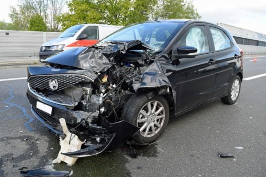 Rothenburg LU / A2: Auffahrkollision fordert vier verletzte Personen