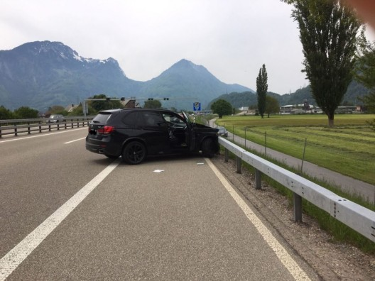 Mollis GL: Verkehrsunfall auf der Autobahn A3 in Fahrtrichtung Zürich