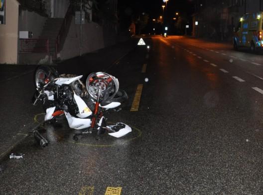 Olten SO: Töfffahrer bei Selbstunfall verletzt