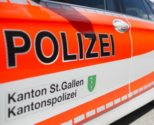 Oberhelfenschwil SG: Arbeiter stürzt mehrere Meter in die Tiefe
