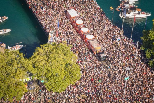 Zürich ZH: Medizinisch gut versorgt an der Street Parade dank Schutz & Rettung Zürich