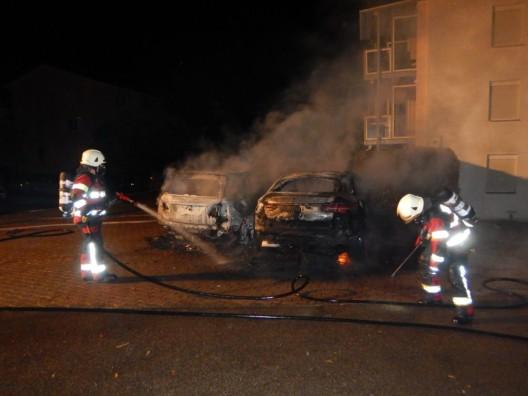 Sirnach TG: Brandstiftung - zwei Autos angezündet - Zeugenaufruf