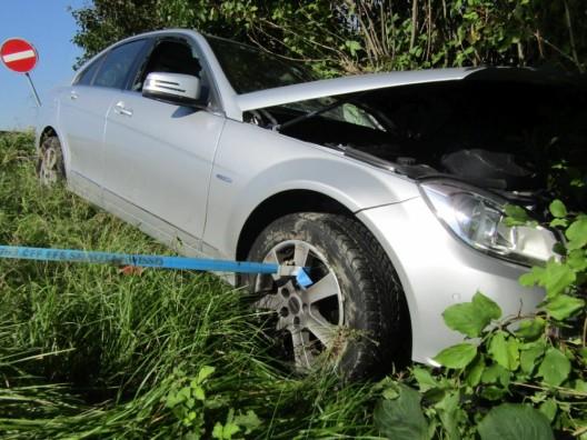 Bilten GL: Frau verliert infolge Sekundenschlafs Kontrolle über ihr Auto