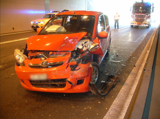 Wassen UR / A2: Drei Fahrzeuge in Auffahrunfall involviert – niemand verletzt