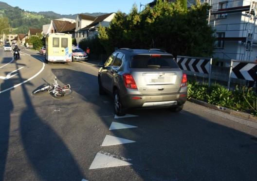 Altstätten SG: Autolenker fährt Mädchen auf Velo an