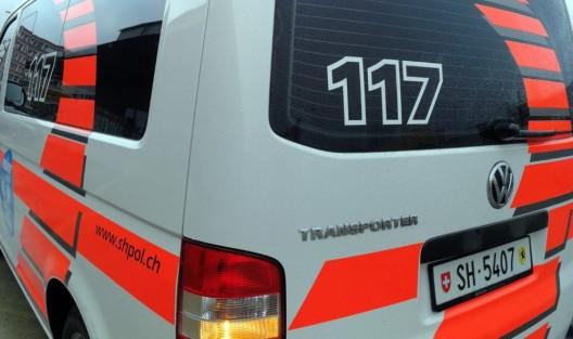 Schaffhausen SH / A4: Zwei Sattelmotorfahrzeuge seitlich kollidiert