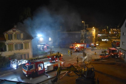 Wil SG: Brand in Mehrfamilienhaus