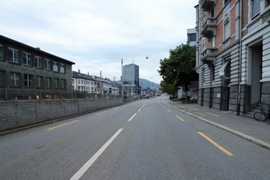 St.Gallen SG: 18-jähriger Motorradlenker mit Auto kollidiert – Zeugenaufruf