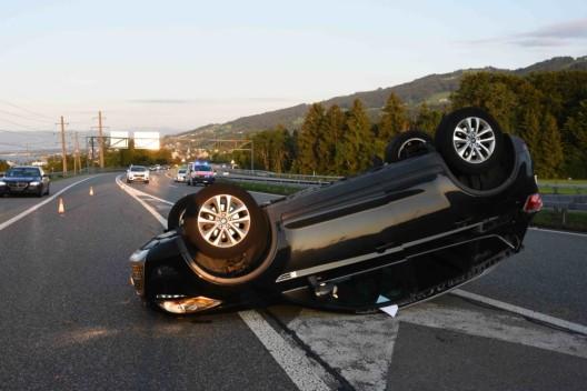 St.Gallen SG / A1: Mit Auto überschlagen – weitere Verkehrsunfälle