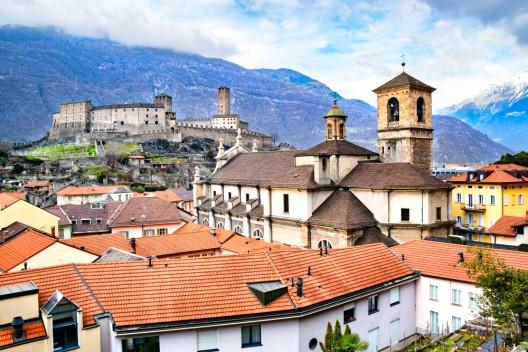 Lernende des EJPD tauchen in Sprache und Kultur der italienischen Schweiz ein