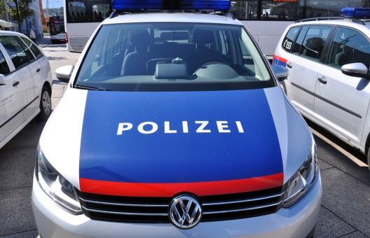 21-Jährige sexuell belästigt – Täter (Serbe, 63) ermittelt
