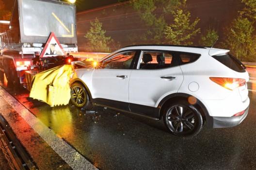 Buchrain LU / A14: Alkoholisierter Autofahrer prallt in Warnleitfahrzeug